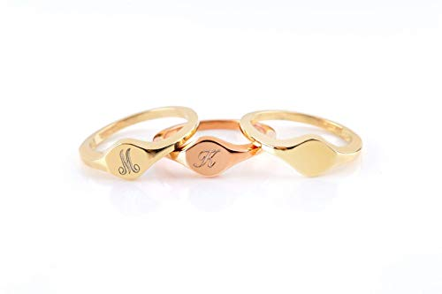 Elegant jewel box Women Round signet ring in solid Gold 9k, 14k, & 18k, Personalized