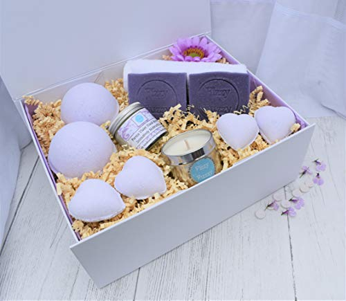Parma Violet Deluxe Gift Set Bath Bombs,Soap,Candle.Handmade by Fizzy Fuzzy.